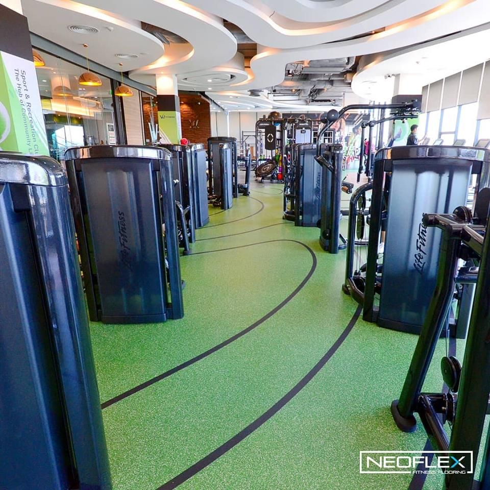 Neoflex 700 Series Fitness Flooring At W Fitness In Bangkok Thailand Installed By The Team At Seara Sports Thailand Floor Workouts Fitness Sports