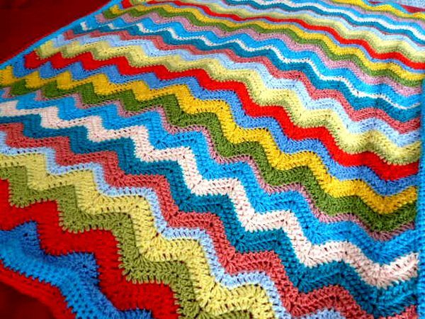 Cheerful Ripple Crochet Blanket Pattern
