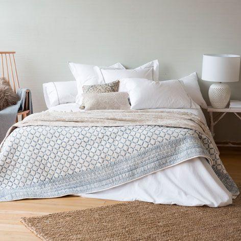 dredon et housse de coussin imprim losanges lit. Black Bedroom Furniture Sets. Home Design Ideas