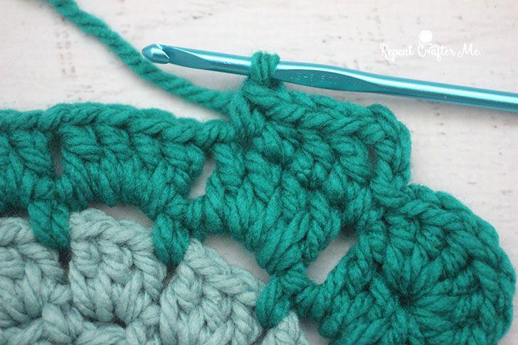 Crochet Owl Super Scarf | Chal y Ganchillo