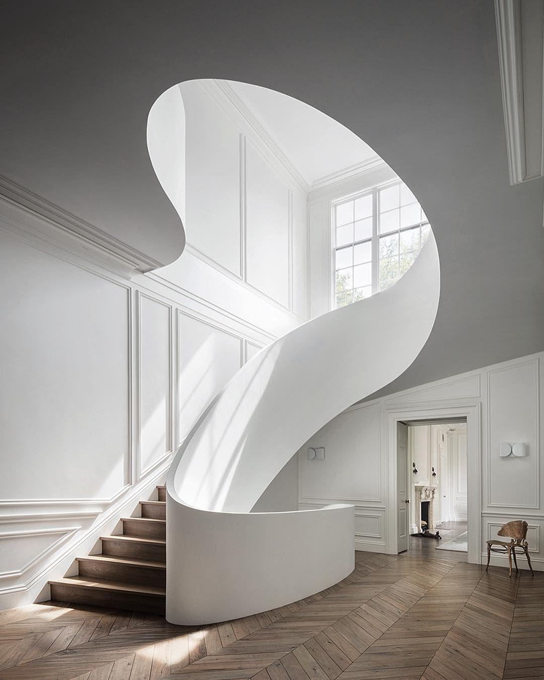 Vanna Albertini Abitare On Instagram Mesmerizing By Stevenharrisarchitects Find Inspir In 2020 Minimalist House Design Minimalist Interior Design Stairs Design