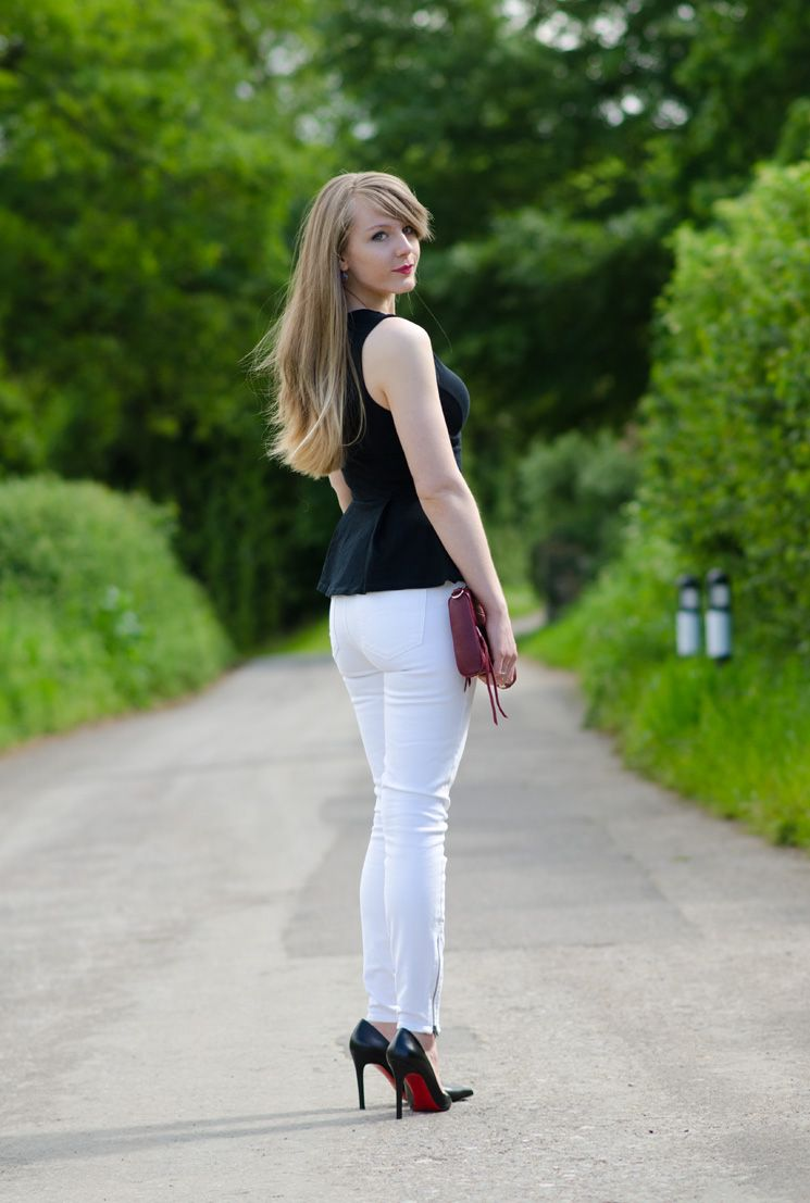 ca112576bff Pin by Kristin Mosley on Fashion - Outfits in 2019 | Jeans, White skinny  jeans, Fashion