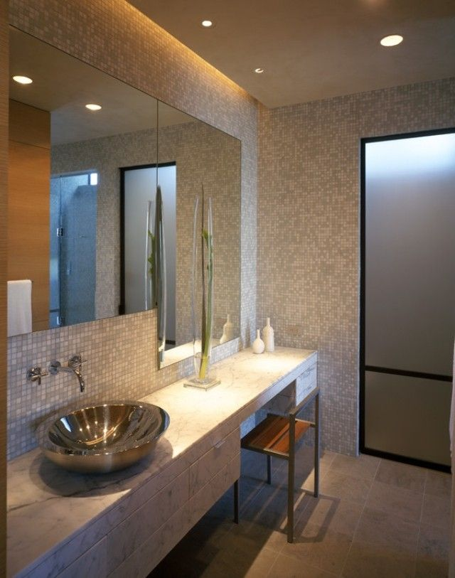 indirekte beleuchtung bad decke wand mosaikfliesen grau banyo pinterest. Black Bedroom Furniture Sets. Home Design Ideas