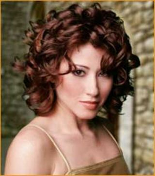 Magnificent 1000 Images About Hairstyles For Curly Hair On Pinterest Medium Hairstyles For Women Draintrainus