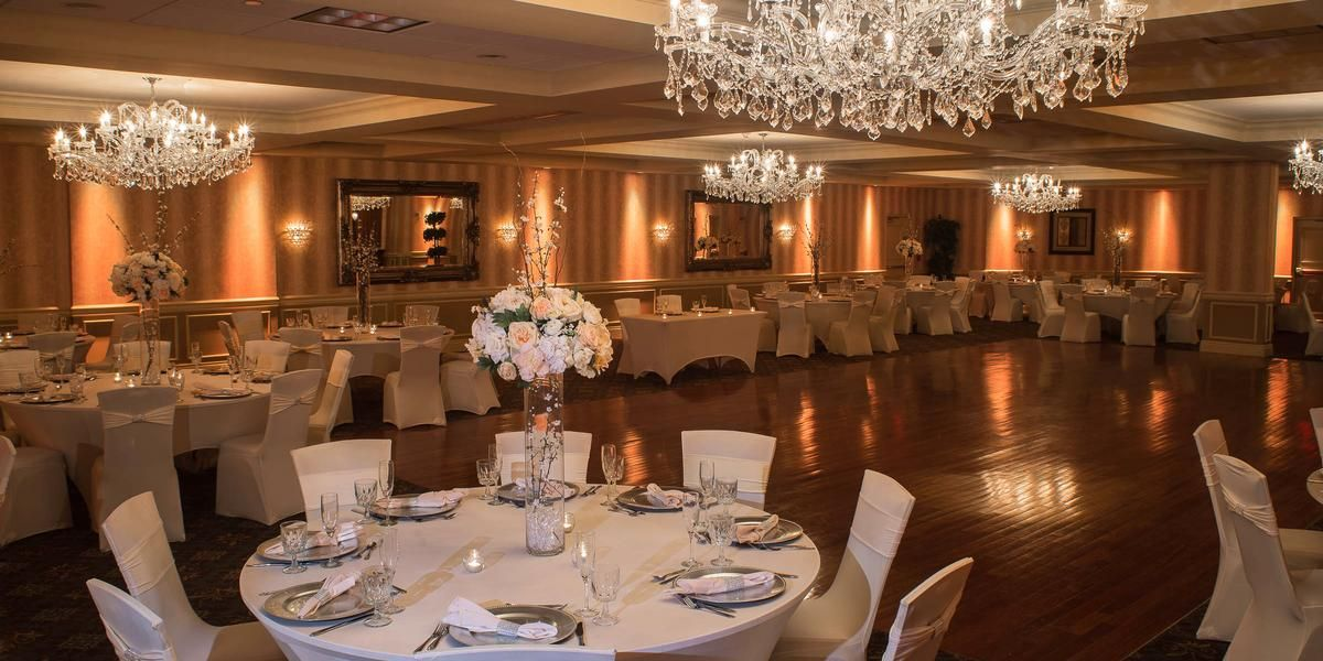 Sterling Ballroom At The Doubletree By Hilton Tinton Falls Weddings