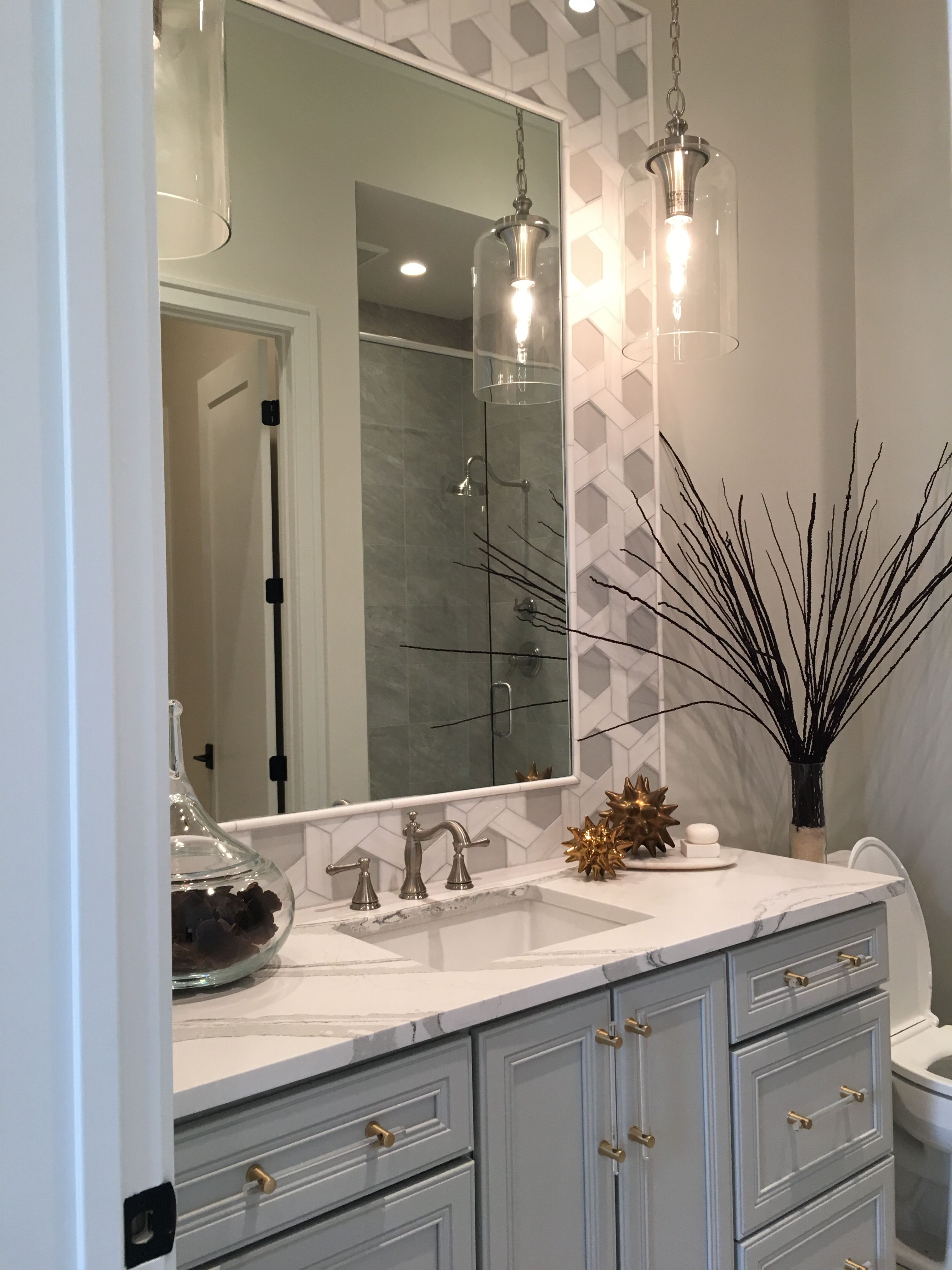 Hang Pendants On Each Side Of Sink Instead Of Single Over Mirror Sconce Chic Bathrooms Bathroom With Sconces Bathroom Single Sink