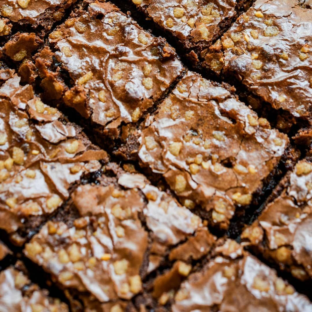 5 Resep Brownies Kukus Beragam Varian Sederhana Anti Gagal Semua Resep Brownies Simple Akan Kamu Temukan D In 2020 Blondies Recipe Dessert Recipes Cookie Cups Recipe