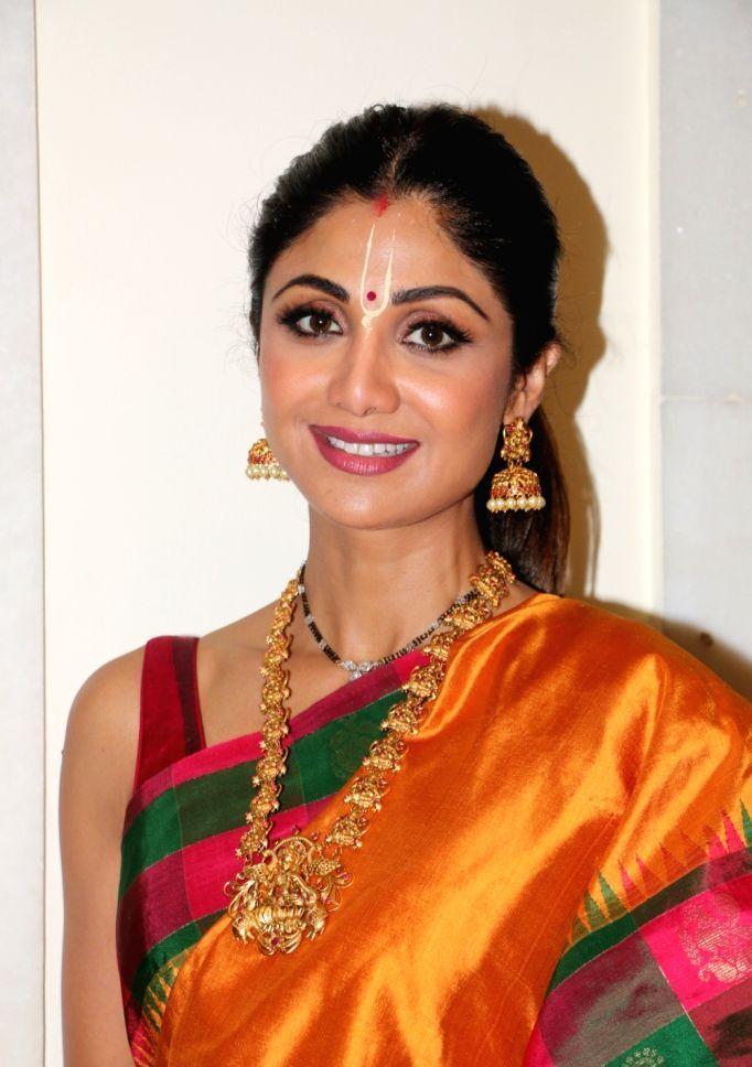 Beautiful Indian Actress Nagma In Yellow Saree | Orange ...