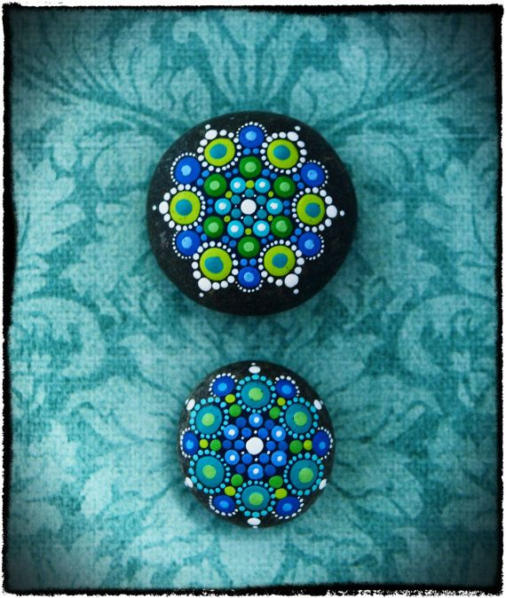 Jewel drop mandala painted stone swimmin in the pacific - Lucia la piedra piscina ...