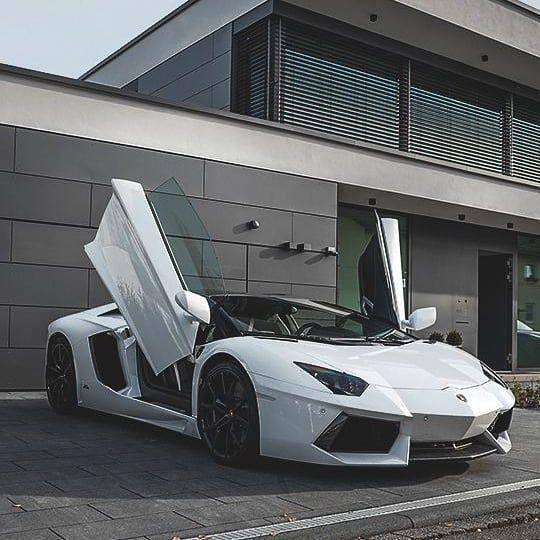 Insane Shot of this White Lamborghini Aventador!!! * What is your dreamcar? * #l... - #Aventador #dreamcar #insane #Lamborghini #shot #white #lamborghiniaventador
