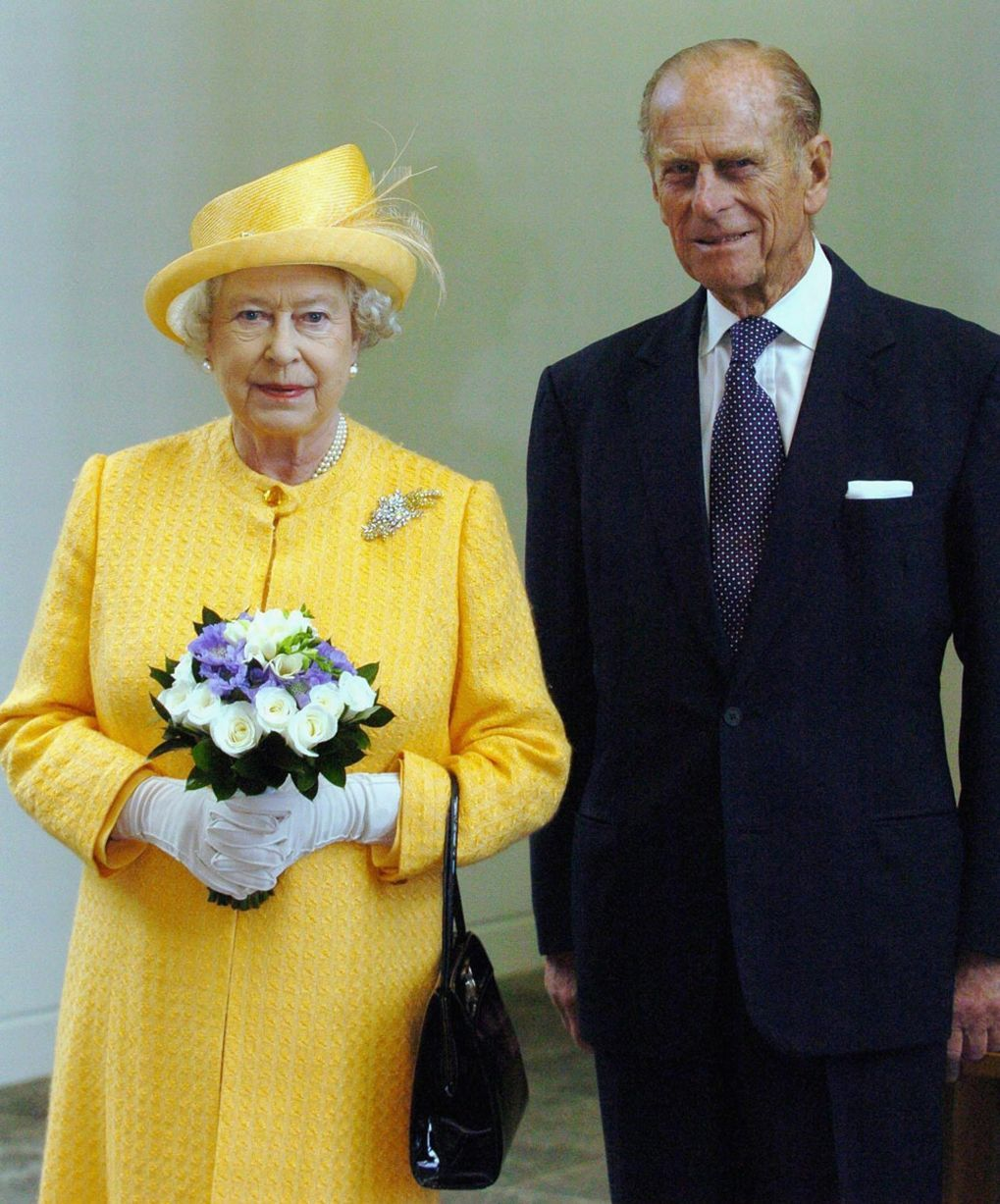 Vision In Yellow The Queen S Eye Catching Outfit Is Set Of By The Duke S Classical Suit Queen Elizabeth Ii Her Majesty The Queen Queen Elizabeth [ 1227 x 1019 Pixel ]