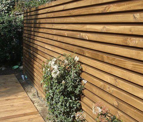 Deck madera muro buscar con google exteriores con for Muro de separacion terraza