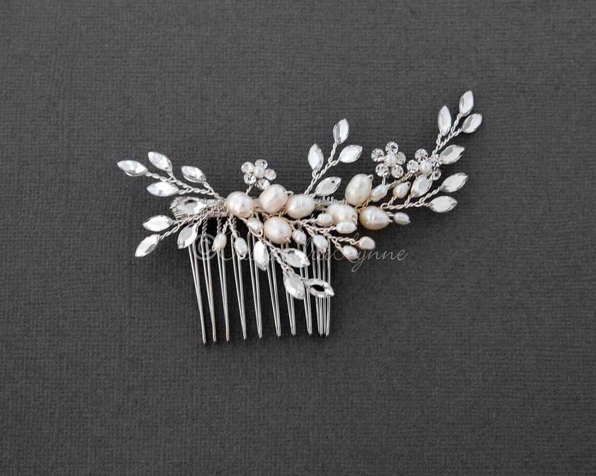 pearl wedding hair comb with marquise rhinestone