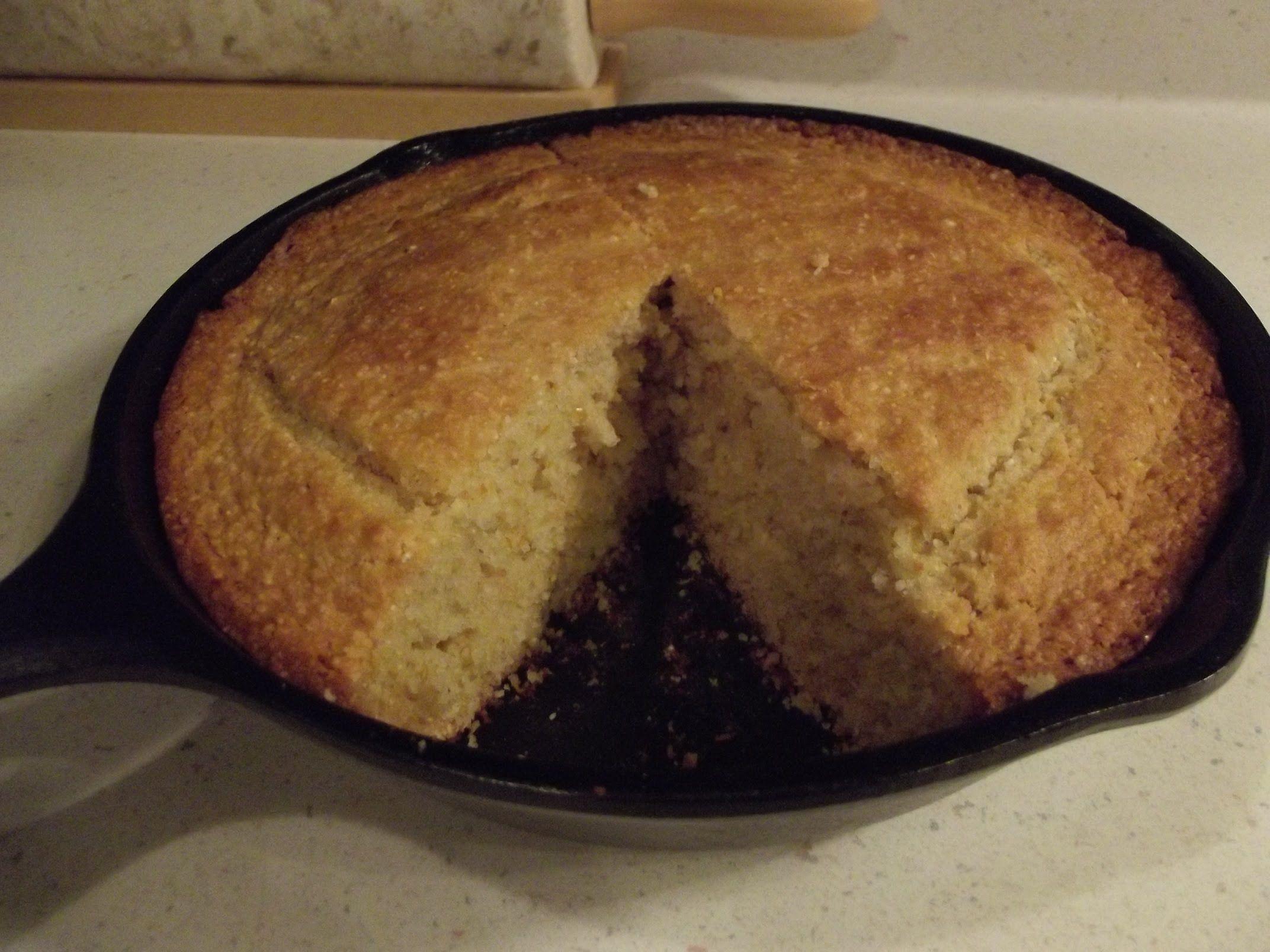 Buttermilk Cornbread The Hillbilly Kitchen Buttermilk Cornbread Food Printables Cornbread