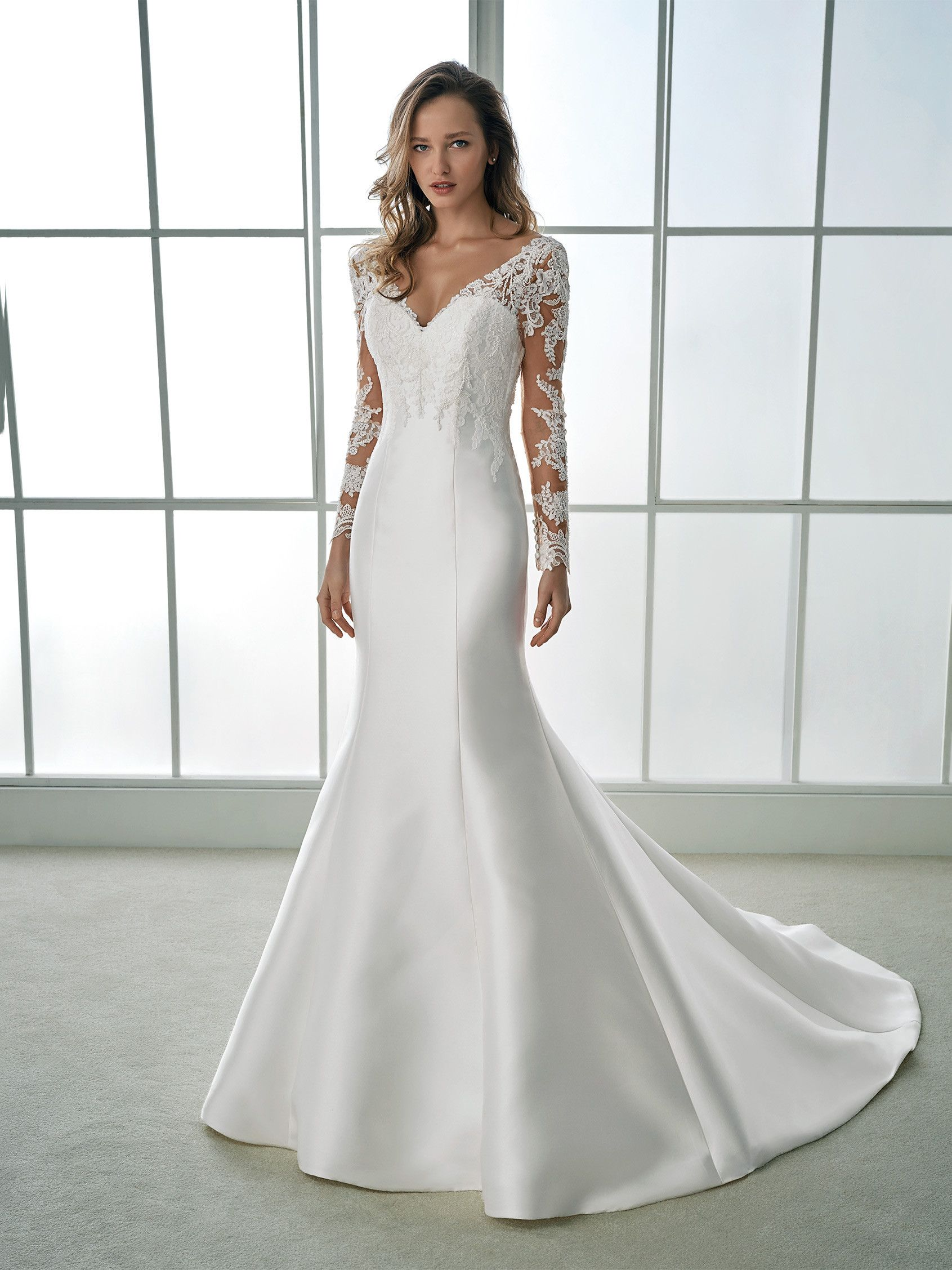 Hinreißendes Brautkleid im Meerjungfrau-Stil mit langen Ärmeln aus ...