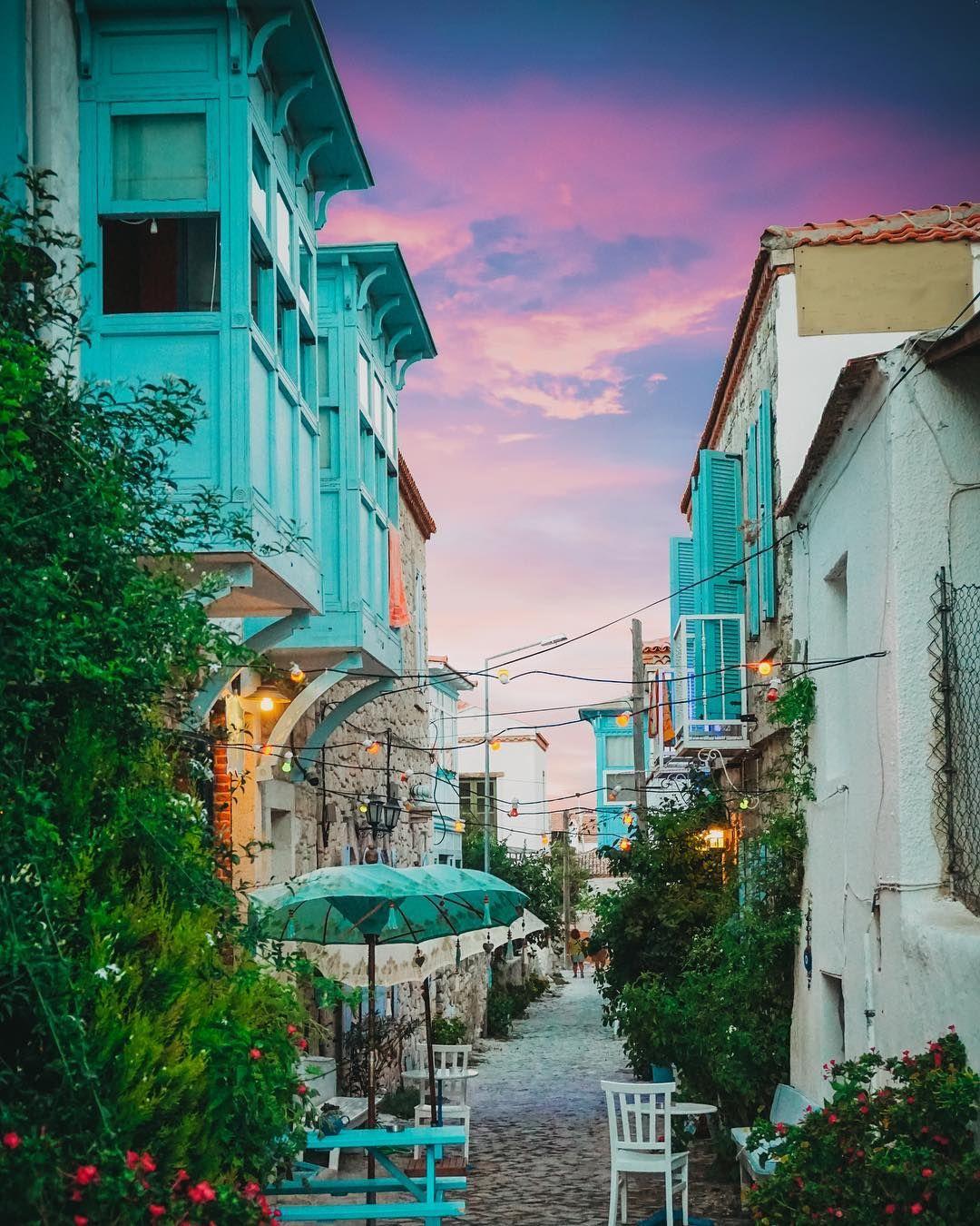 5731100e32c8ec Alacati streets    Photography by HacıAbi® (haciabiden) • Instagram photo   alacati  cesme  izmir  turkey