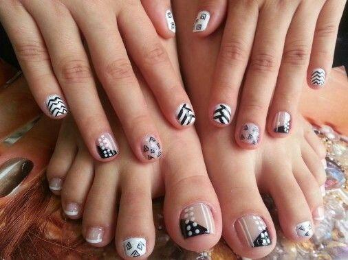 Dise os en manos y pies pintados de u as con dice os en - Disenos de unas pintadas ...