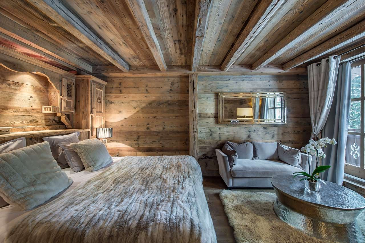 Wood Profits Chalet bedroom /Martine Haddouche/ Discover