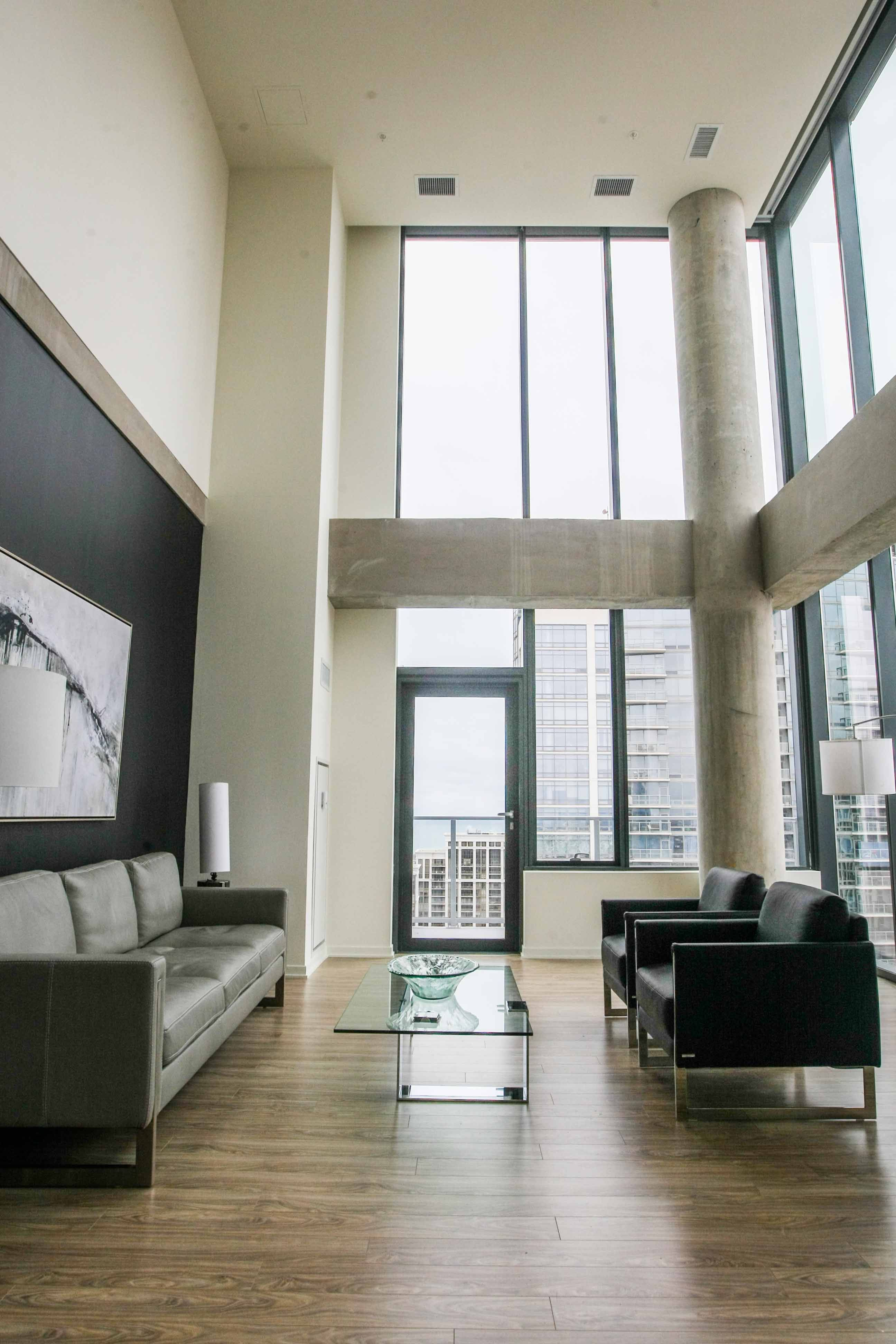 One 333 Apartments For Rent Chicago Loft Design Beautiful Living Rooms Rustic Living Room