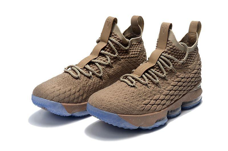 8975cb8686b28 Nike LeBron 15