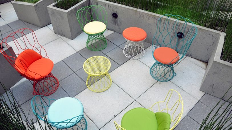 Outdoor Seating   Bright Color, Mix Of Modern And Fifties Style. I See  These At A Rustic Wood Table