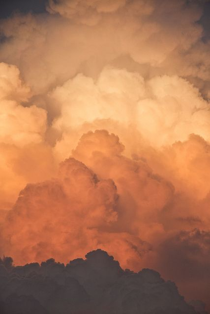 Cloud Layers Explored Sky Aesthetic Clouds Aesthetic Backgrounds
