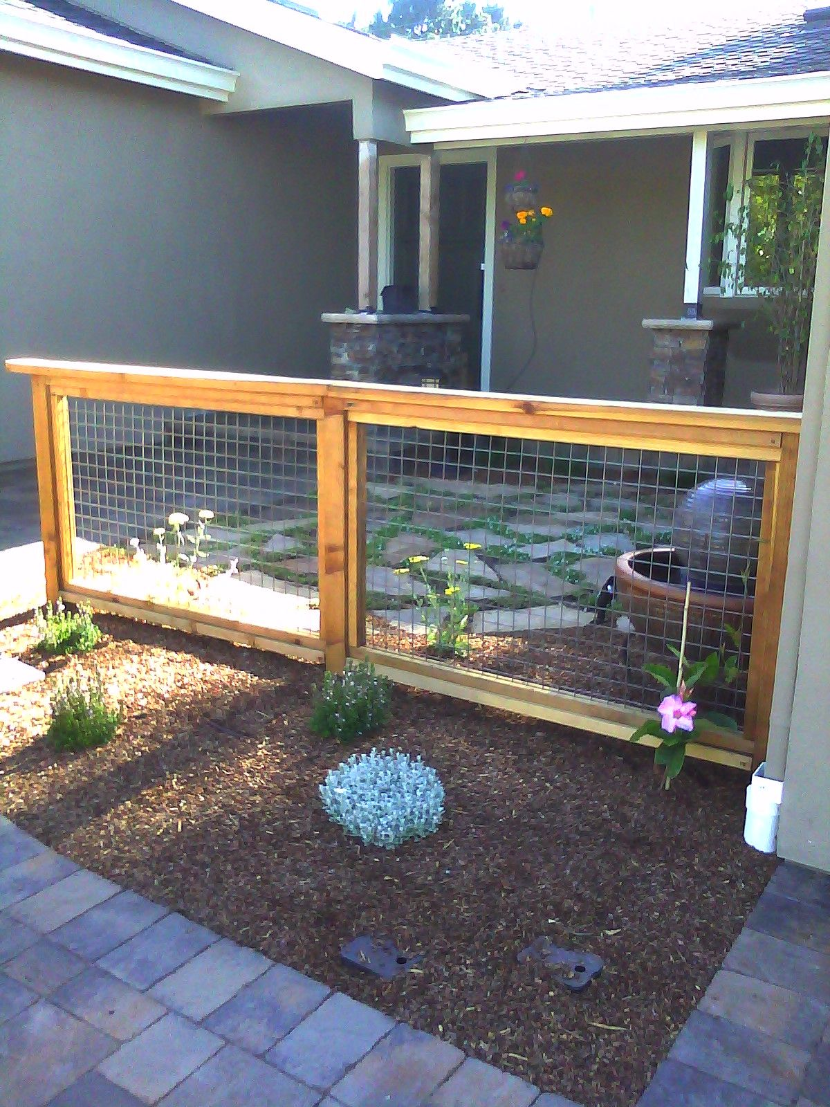 welded mesh fence 1200×1600 outside wonders