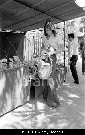 Jane Birkin on the Street