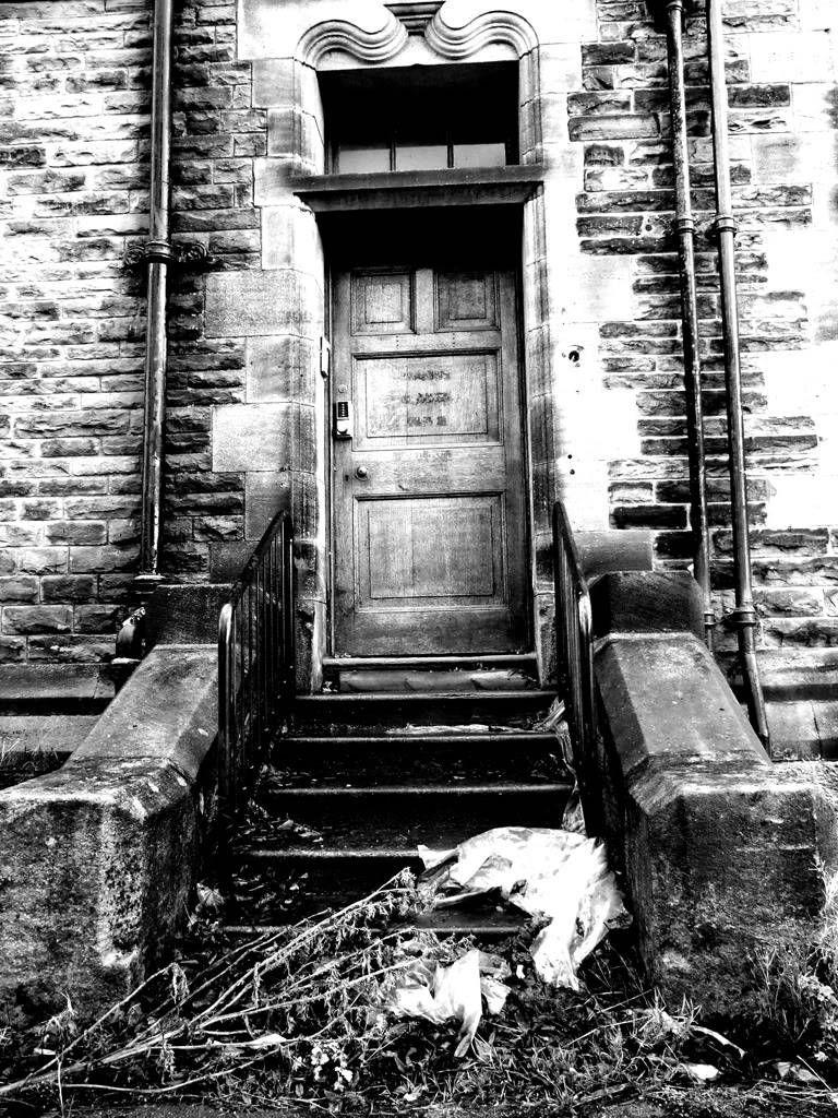Revisiting the Abandoned Mental Asylum Part 2 Aria