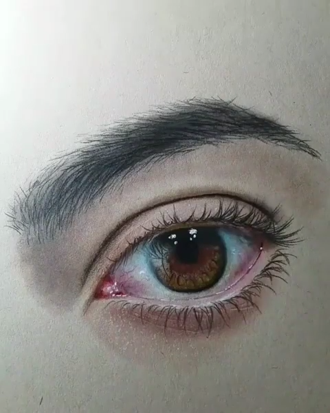 draw a realistic eye