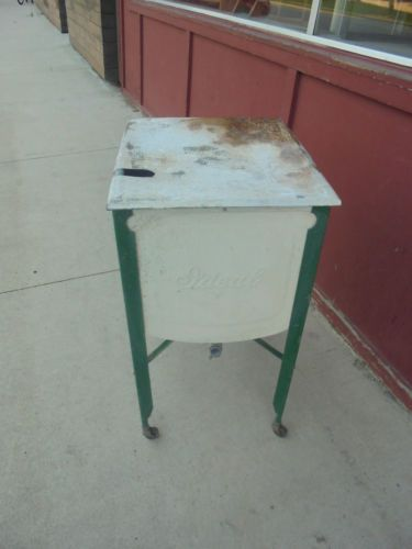 Vintage Ideal Square Wash Tub On Stand With Metal Lid Cooler Flower Decor Wash Tubs Metal Wash Tub Galvanized Wash Tub