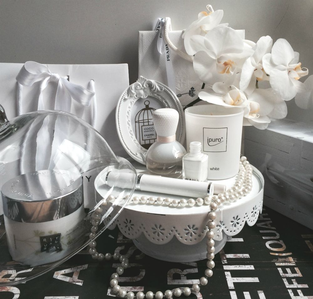 all in #white - on #beautystories by #douglas #decoration