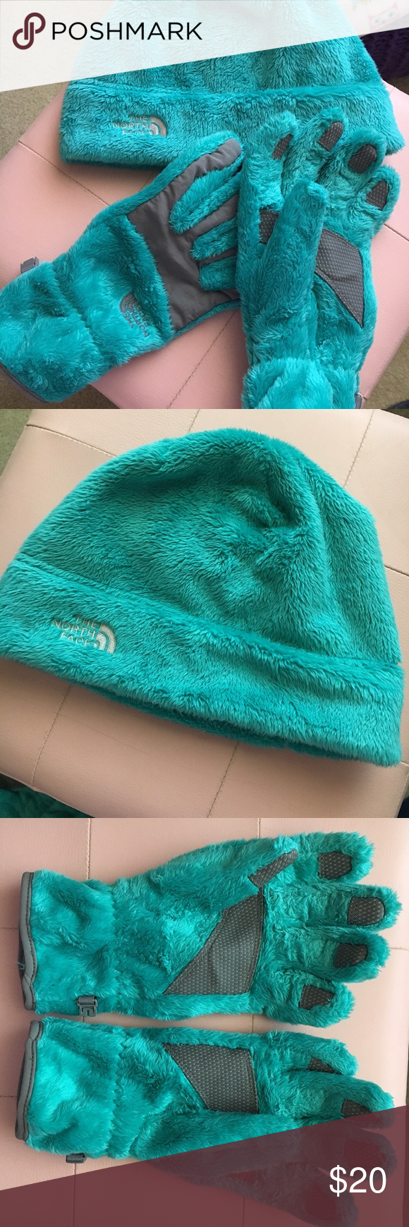 ❄️The North Face Hat and Glove Bundle❄️ Beautiful teal colored hat and gloves from The North Face. They've both only been worn a handful of times, and overall they're in amazing condition. There's very minor wear on the palms of the gloves, and that's all. :-) The North Face Accessories