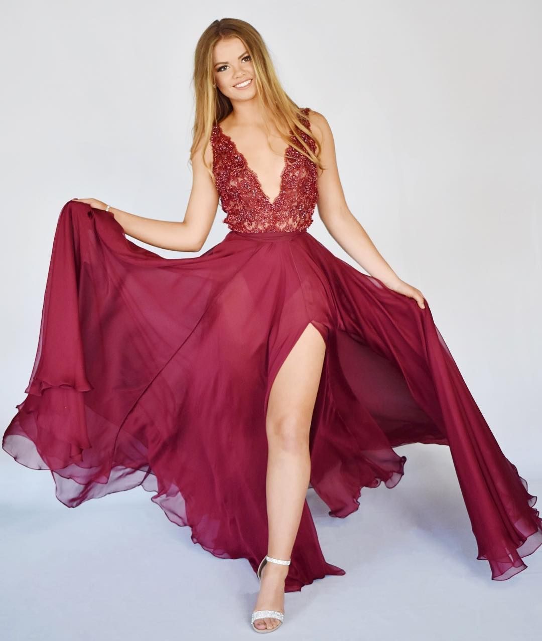 "René Atelier on Instagram: ""Playful couture 💋 #renéatelier #fashiondesign #bodysuit #sheer #beadedlace #flowydress #fashion #redcarpetstyle #celebritystyle #madeinusa…"" 1"