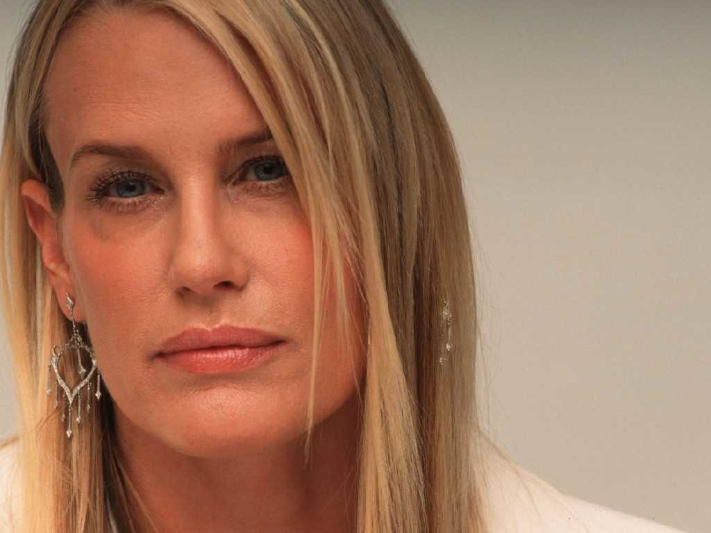 daryl hannah height