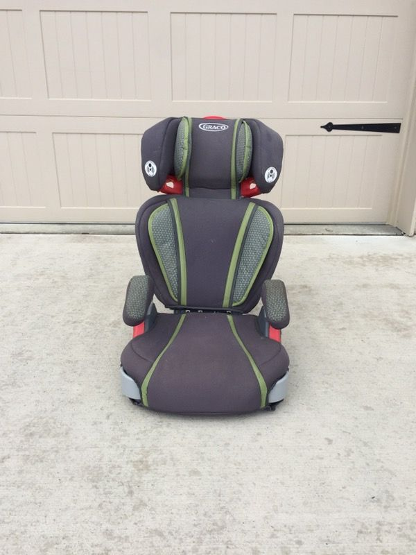 Nice Graco Car Seat Booster In Avon OH Sells For 25