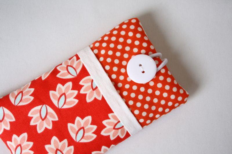 Handytaschen - Handytasche passend für alle Handymaße - ein Designerstück von Fadentaenzerin bei DaWanda