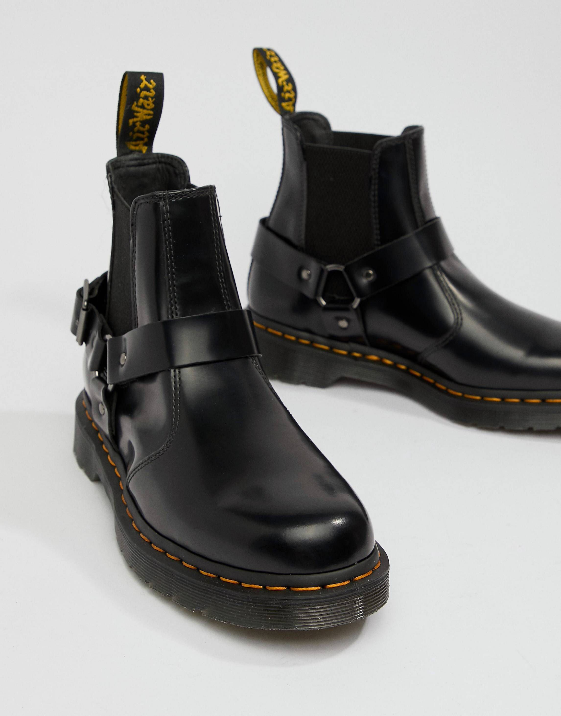 daf3e49dff3 Dr Martens Wincox chelsea boots in black | October Saves & Faves ...