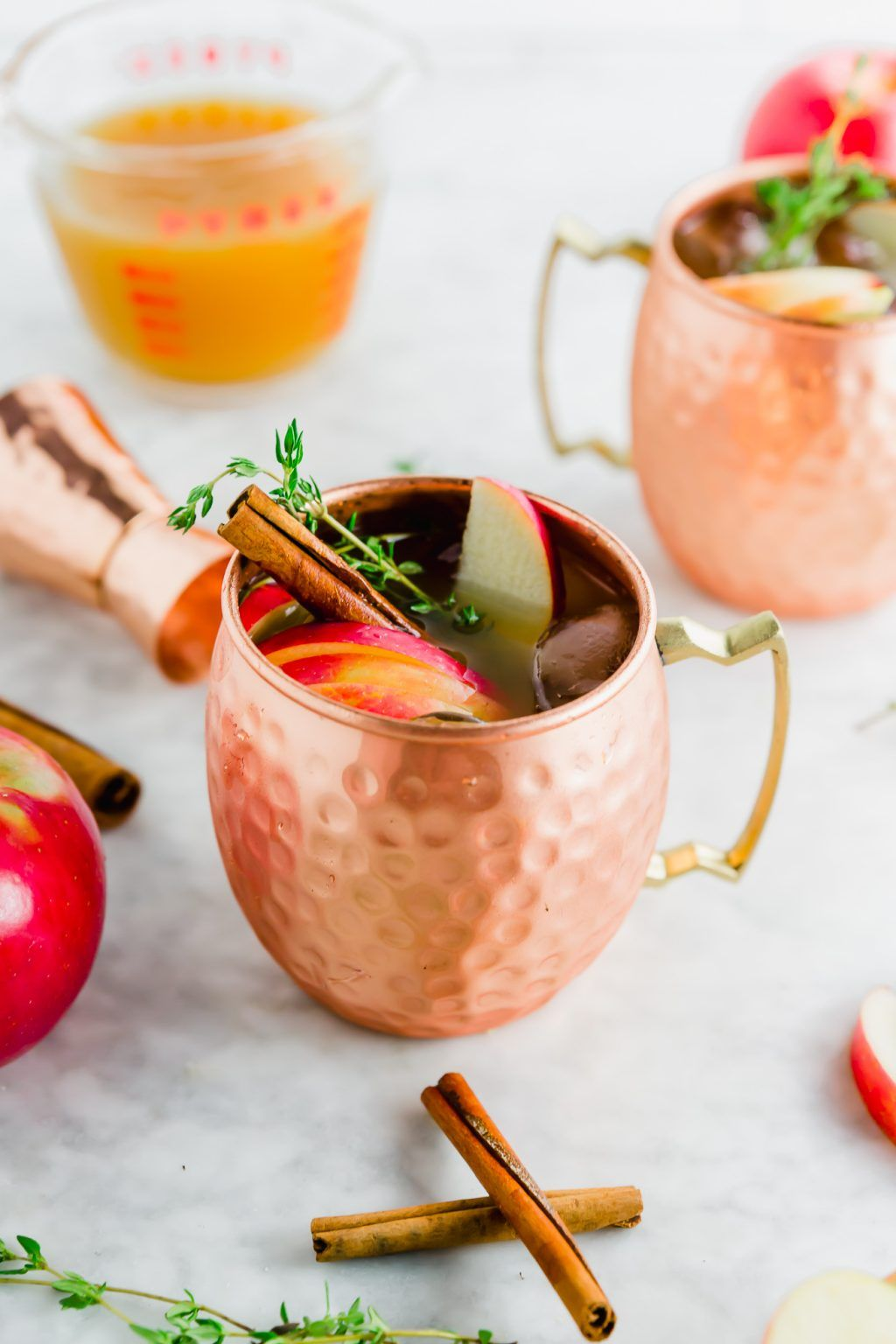 Apple Cider Moscow Mule - An Easy Fall Vodka Cocktail