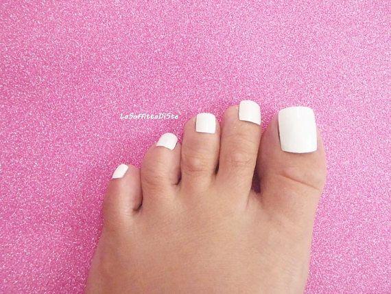 Hand Painted Full Toe False Nails White Baby Fake Nails Wedding Tips Toenails Feet Pedicure Press On Men Flip Flop Sandals Toe Nails White Nails Foot Pedicure