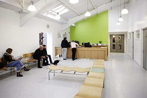 Modern Veterinary Office Tuke Manton Architects Hospital