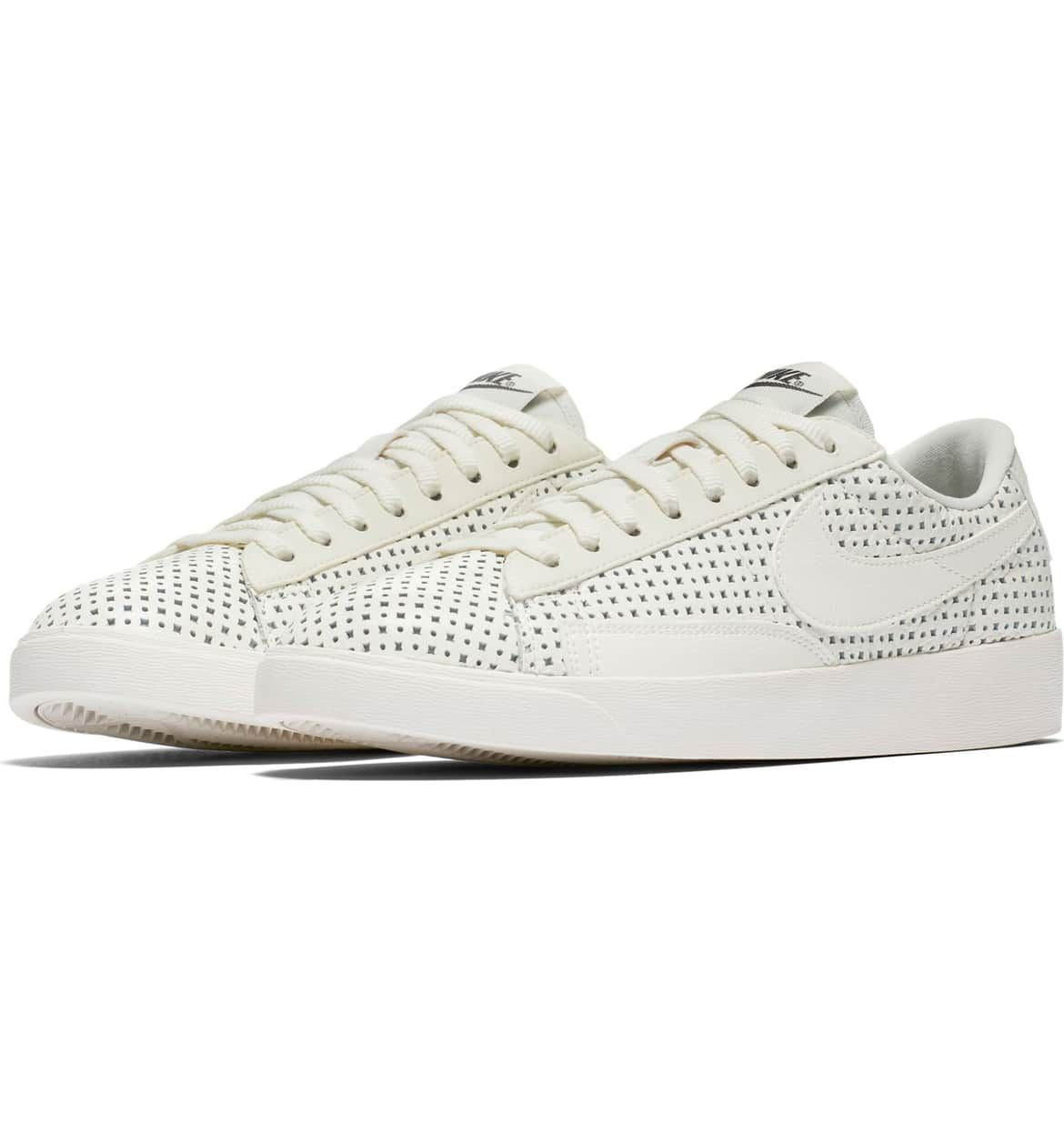 new arrival 54747 1f3ae Blazer Low SE Sneaker, Main, color, SAIL  SAIL