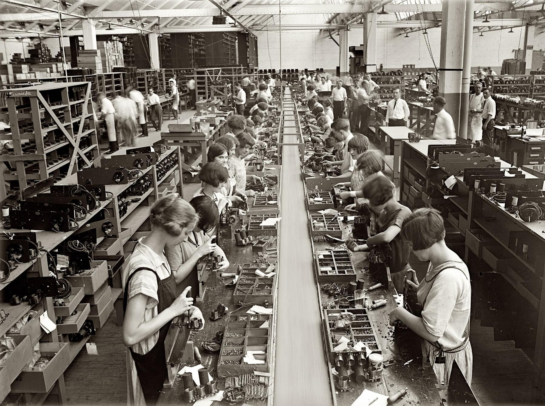 1920 photo of a radio manufacturing assembly line with all