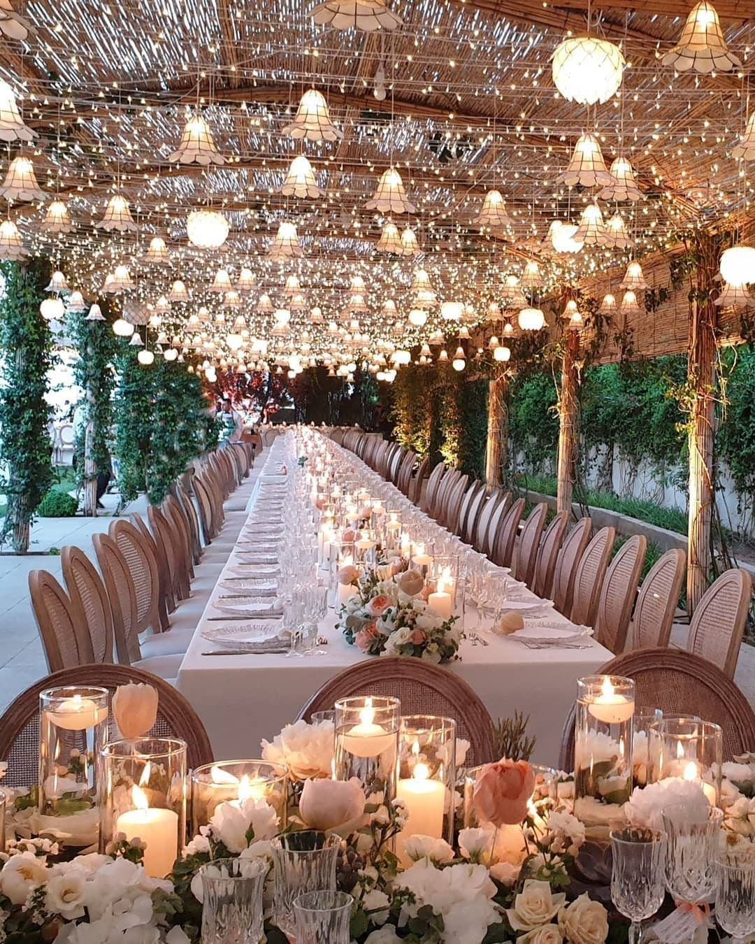"""Photo of Miss To Mrs™ Subscription Box on Instagram: """"Magical wedding decor! ✨ Who's inspired? Leave a comment below!👇🏻 . Engaged?💍Subscribe to your @misstomrsbox, a curated monthly box full…"""""""