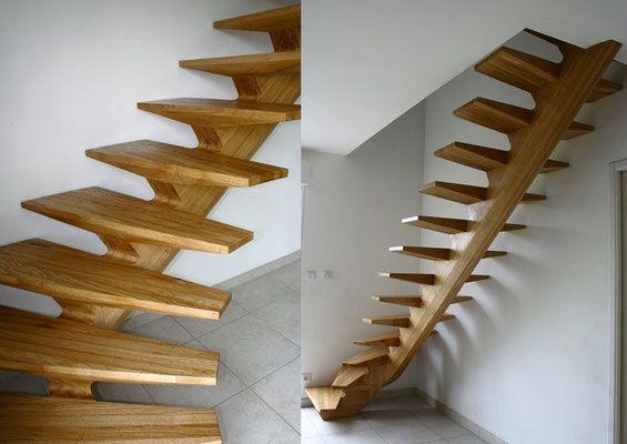Escalier A Limon Central 1 4 Tournant En Chene Massif Mobilier