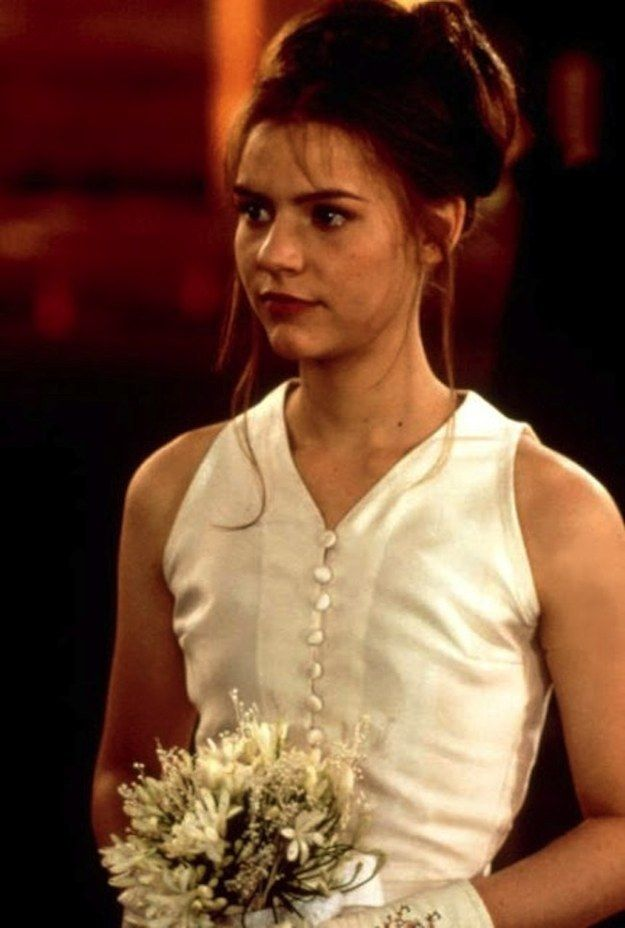 48 Of The Most Memorable Wedding Dresses From The Movies | Romeo ...