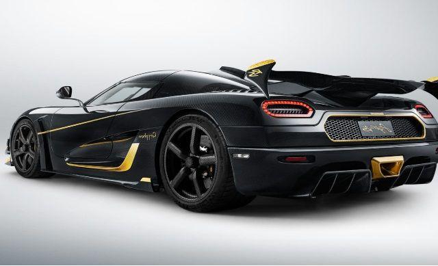 Koenigsegg Regera Black