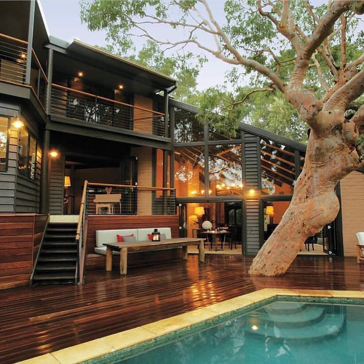 "Architecture & Design on Instagram: ""Pretty Beach House by Karina Barry + Brian Barry Location: Bouddi, #Australia --- #luxury #luxuryhome #architect #luxuryhouse #arquitectura…"""