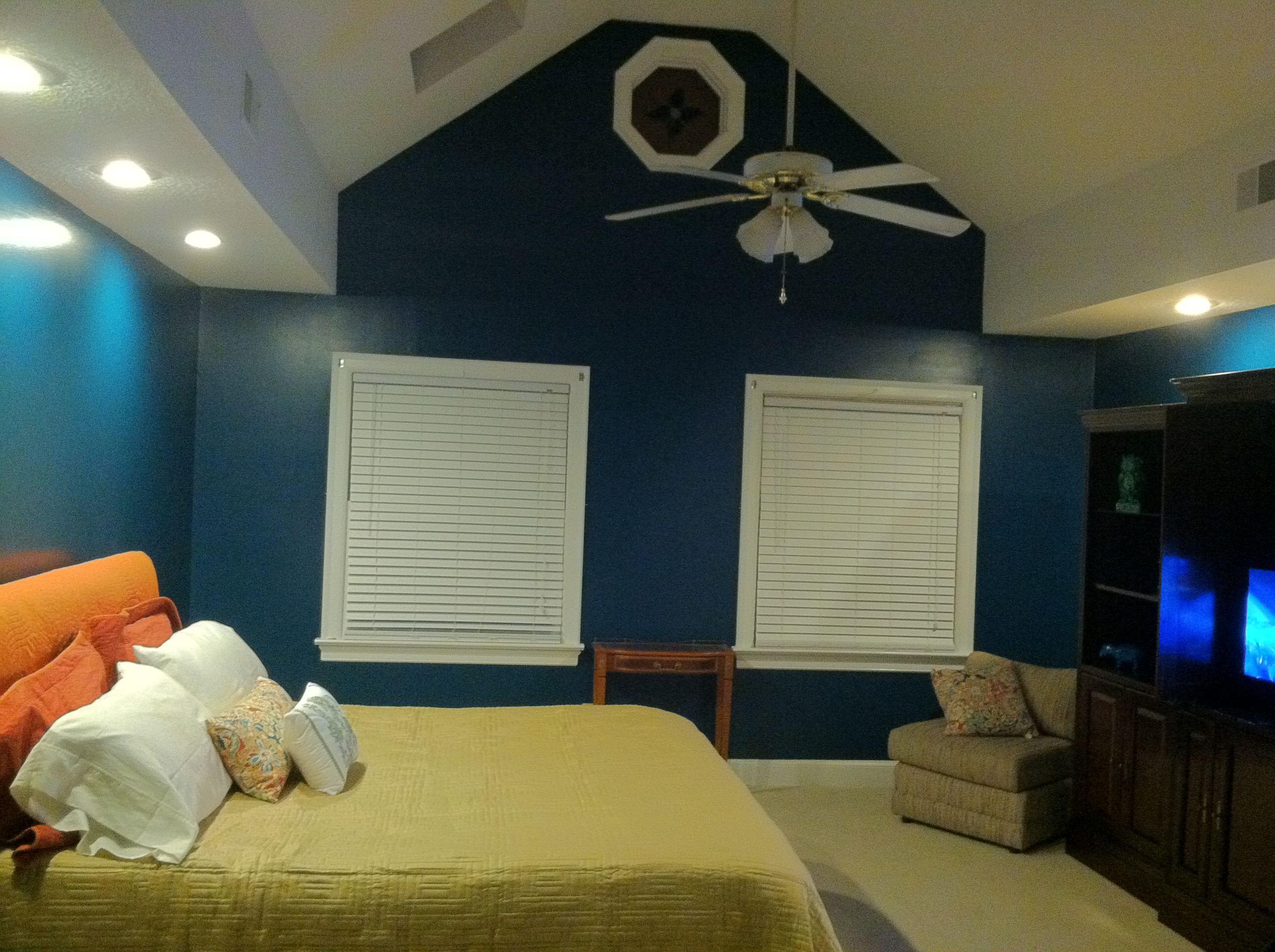affordable valspar classic teal so glad we went with a. Black Bedroom Furniture Sets. Home Design Ideas