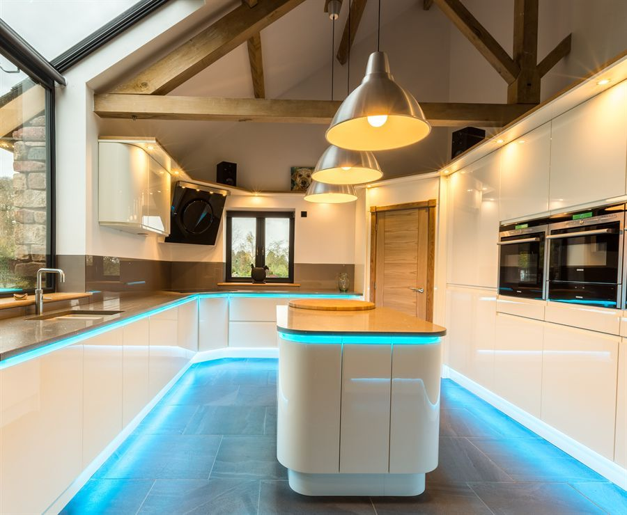 ATLANTIS KITCHENS PROJECT Long Marton Handleless Gloss Ivory - nobilia k chen qualit t